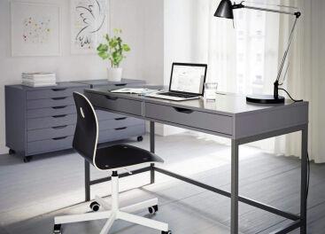 Выбираем компьютерный стол в Харькове