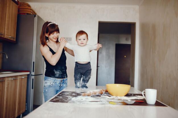 как выбрать кухню для молодой мамы